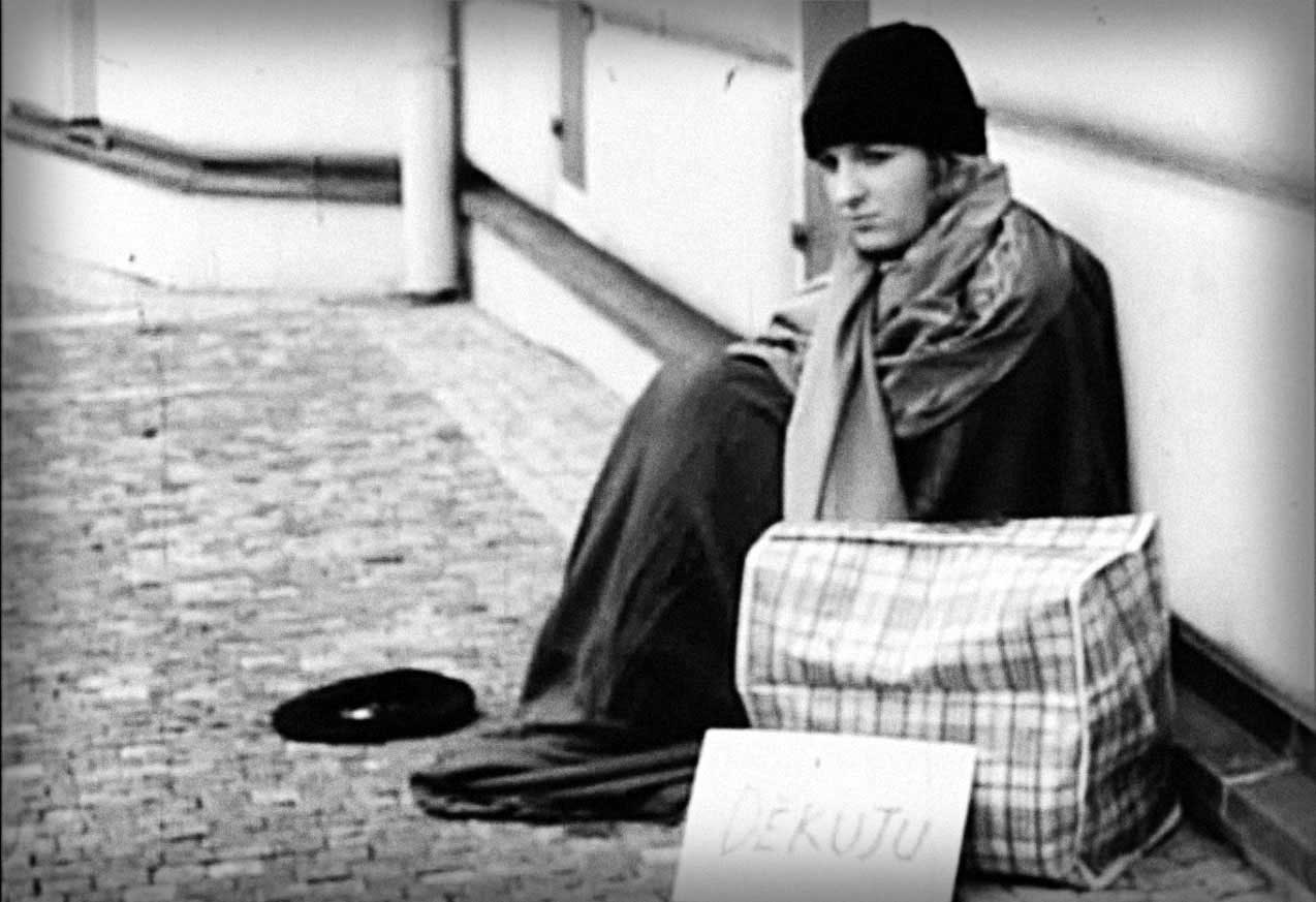 Things are usually not as they seem to be. Follow the story of a homeless young woman somewhere in the streets of Prague and discover how bitterness in life has also a quite sweet side to it.