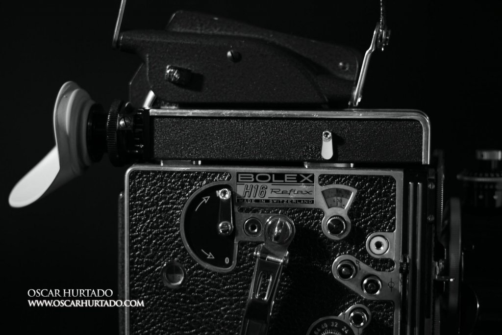 Side view of body with viewfinder and 400ft magazine extension